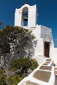 île de Serifos; île des Cyclades, monastère des Taxiiarques