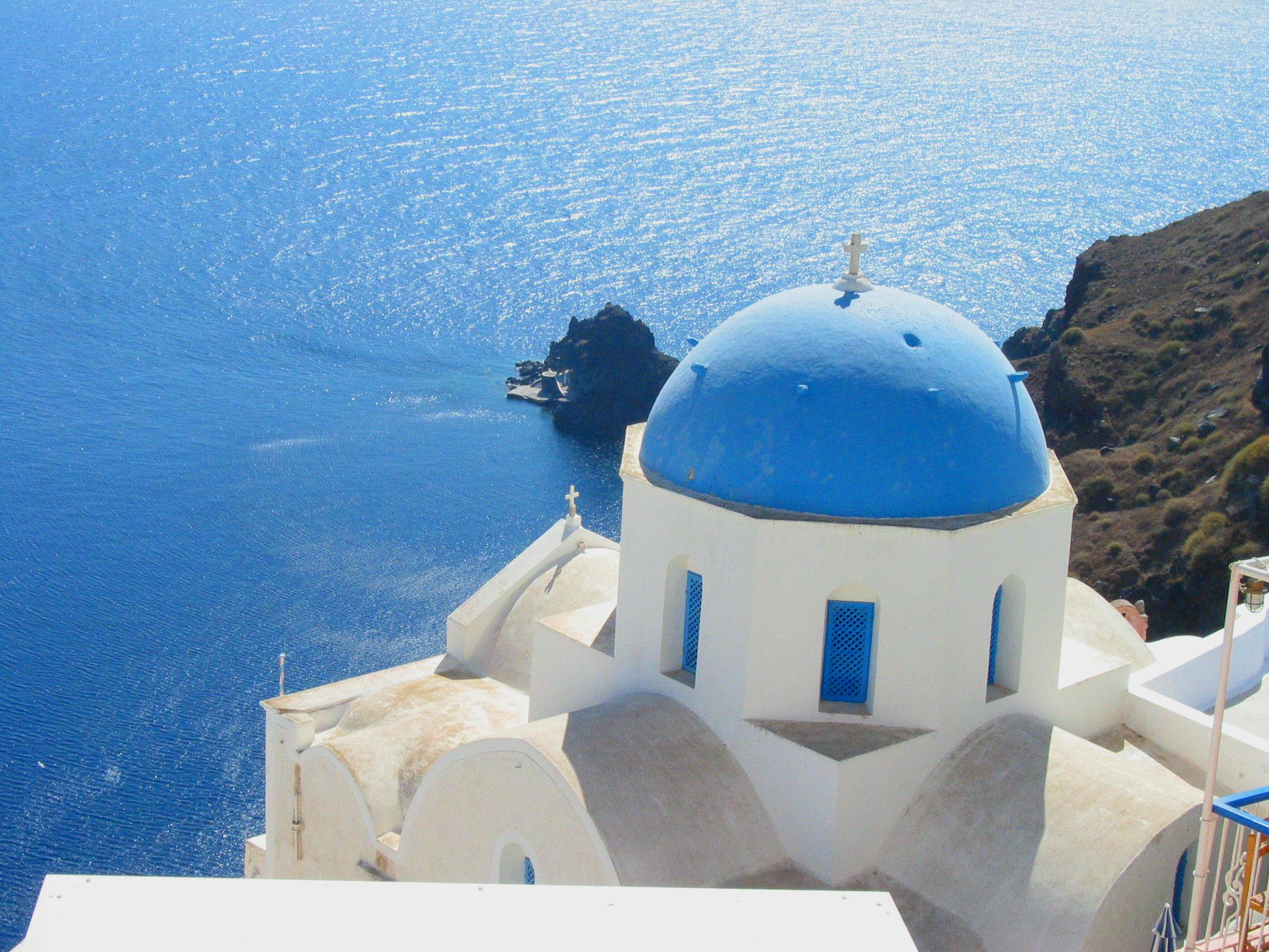 Santorin, la plus belle île des Cyclades ?