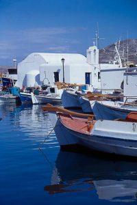 le petit port de Naoussa